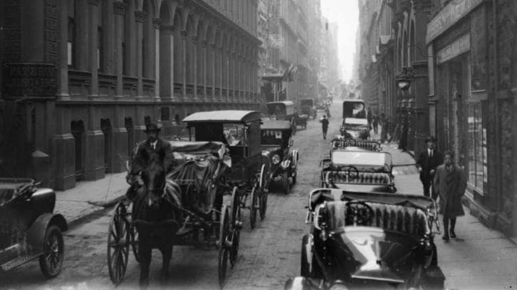 Flinders Lane, between 1891 and 1914 - Picture State Library Victoria