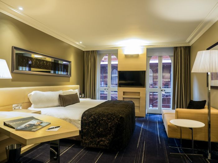 King Deluxe Room_InterContinental Melbourne